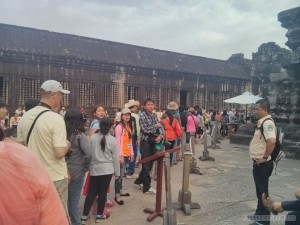 Angkor Archaeological Park - Angkor Wat line for top