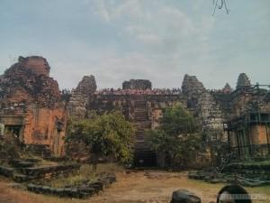 Angkor Archaeological Park - Phnom Bakheng 2