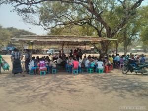 Bagan - delicious roadside lunch 2