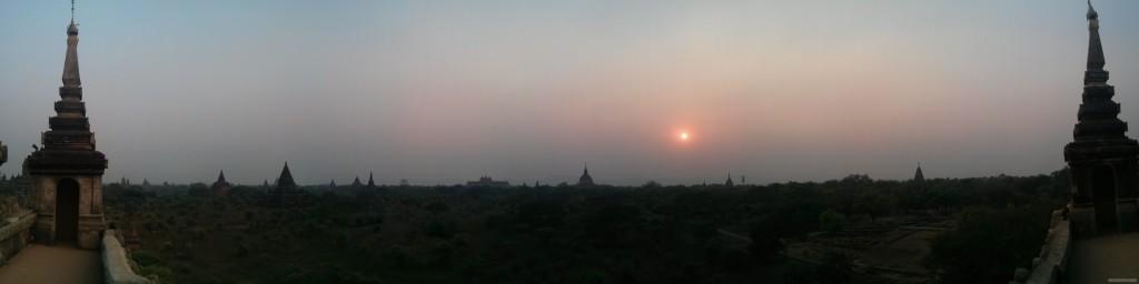 Bagan - panorama Shwegugyi west