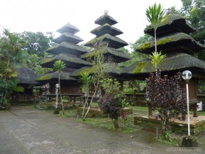 Traveling around Bali - Bitukaru jungle temple 2