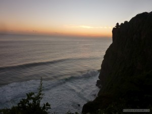 Traveling around Bali - Uluwatu 1