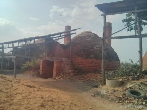 Battambang - bamboo train brick factory 2