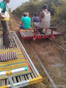 Battambang - bamboo train one way 2