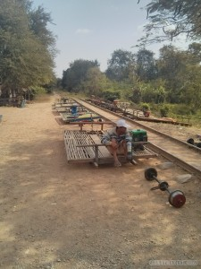 Battambang - bamboo train station