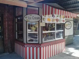 Bohol - bee farm ice cream