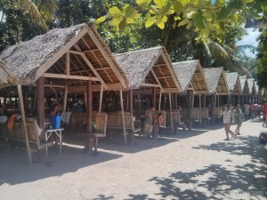 Bohol - hidden beach lunch hut 1