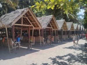 Bohol - hidden beach lunch hut 1