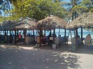 Bohol - hidden beach lunch hut 2