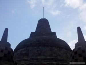 Borobudur - silhouette 1