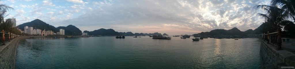 Cat Ba - panorama port 1