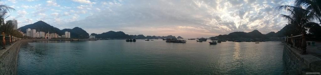 Cat Ba - panorama port 1