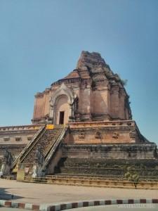 Chiang Mai - Wat Chedi Luang damaged