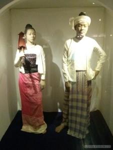 Chiang Mai - history center lanna clothing