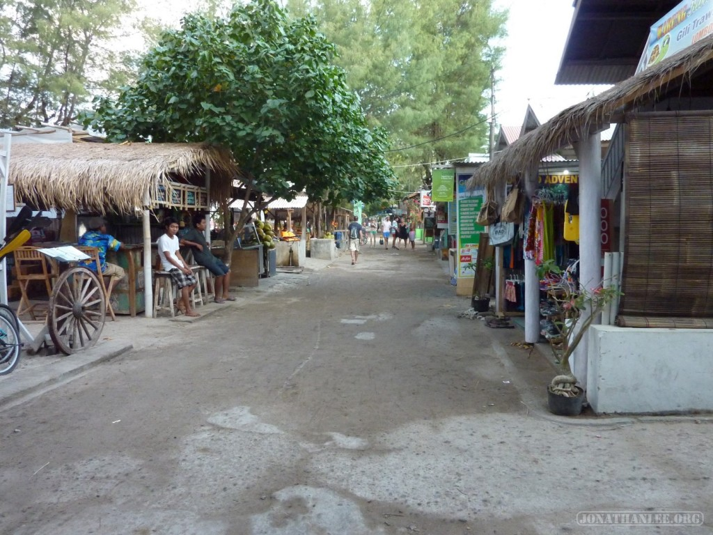 Gili Trawangan - empty road