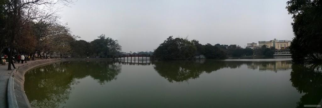 Hanoi - panorama Hoan Kiem Lake 1
