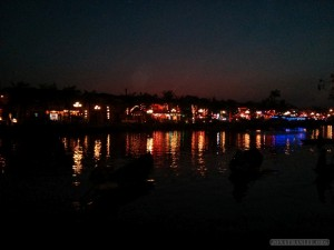 Hoi An - river at night 1