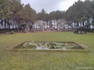 Hue - Thien Mu temple 2