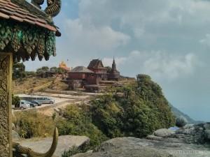 Kampot - Bokor mountain wat 2