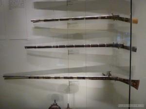 Kuala Lumpur - National Museum long rifle