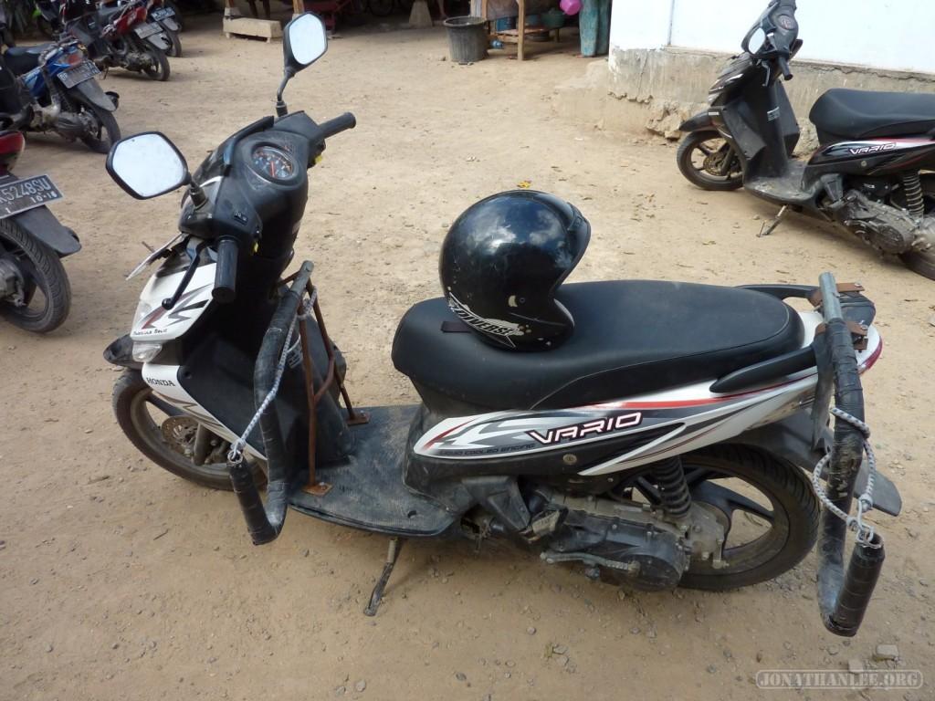 Kuta Lombok - scooter