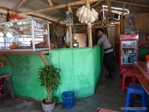 Kuta Lombok - warung 1