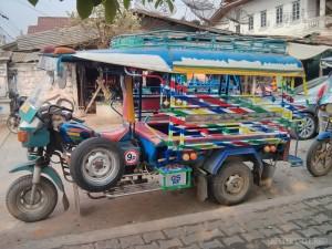 Luang Prabang - hippie tuktuk