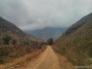Mai Chau - hiking path 1