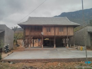 Mai Chau - house on stilts 4
