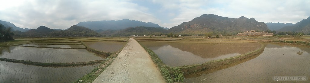 Mai Chau - panorama rice fields 4