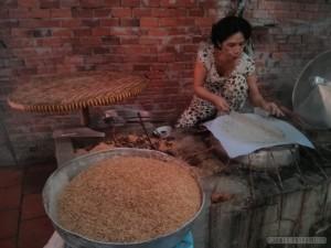 Mekong boat tour - sesame bread