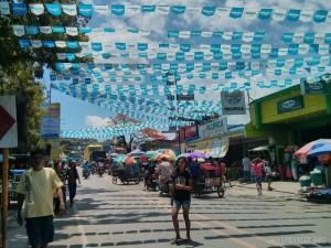Moalboal - fiesta street