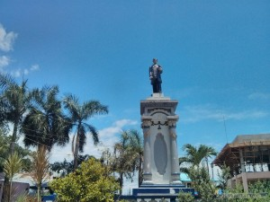 Moalboal - statue