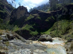 Mount Rinjani - hot springs scenery 4