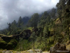 Mount Rinjani - hot springs scenery 5