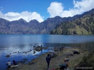 Mount Rinjani - second day lake