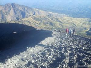 Mount Rinjani - summit path 1