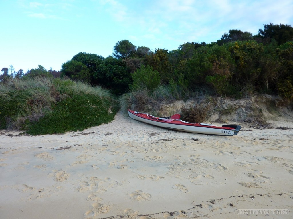 NZ South Island - Able Tasman beached kayak