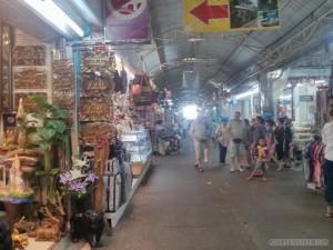 Taa Sadej market 1