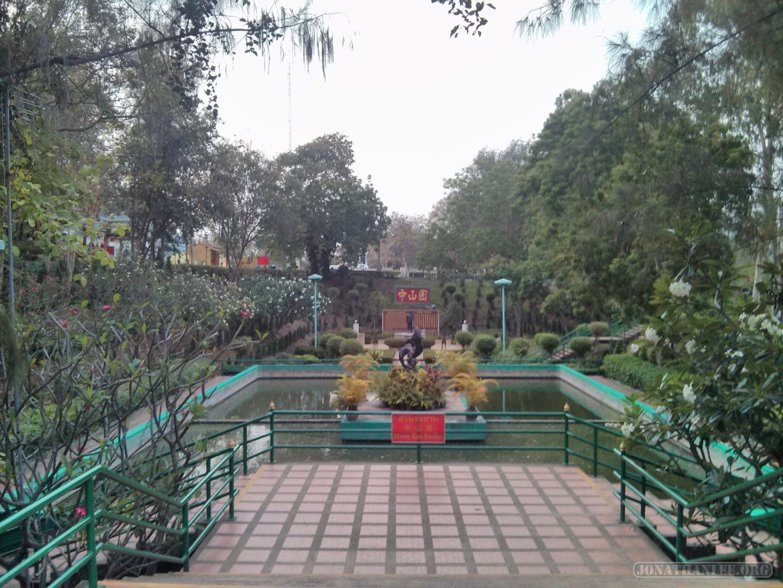Pattaya - Wat Phra Yai 2