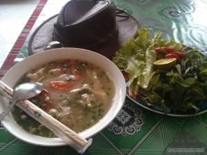 Phonsavan - chicken noodle soup