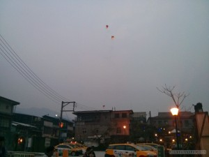 Pingxi - Shifen sky lanterns over town 1