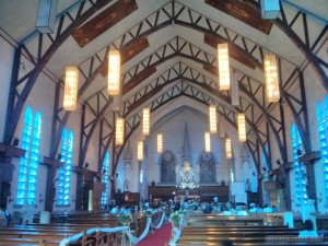Puerto Princesa - Immaculate conception cathedral inside