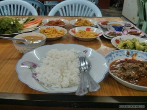 Pyin U Lwin - curry dinner
