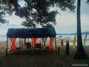 Sabang - massage on the beach