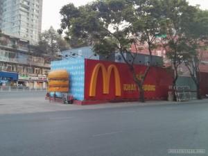 Saigon - McDonalds opening