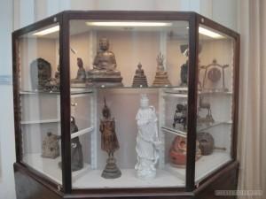 Saigon - Vietnamese history museum assorted statues
