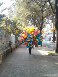 Saigon during Tet - balloon man