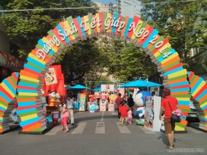 Saigon during Tet - flower street book festival 1