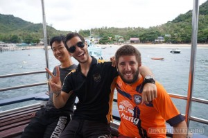Scuba diving on Koh Tao - with partner and instructor